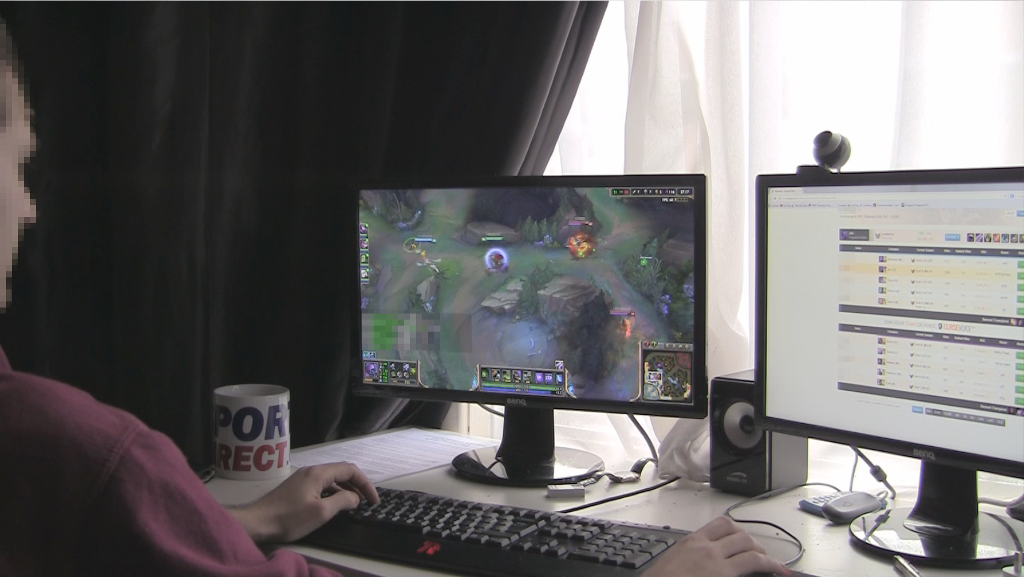 A participant from the first study playing <em>League of Legends</em>